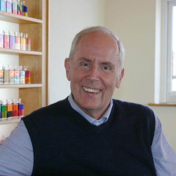 Mike Booth von Aura-Soma
